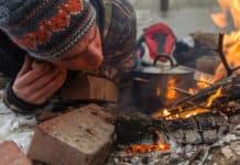 Winter-Survival-Training im Wald nahe bei Starnberg mit Tatjana Falk