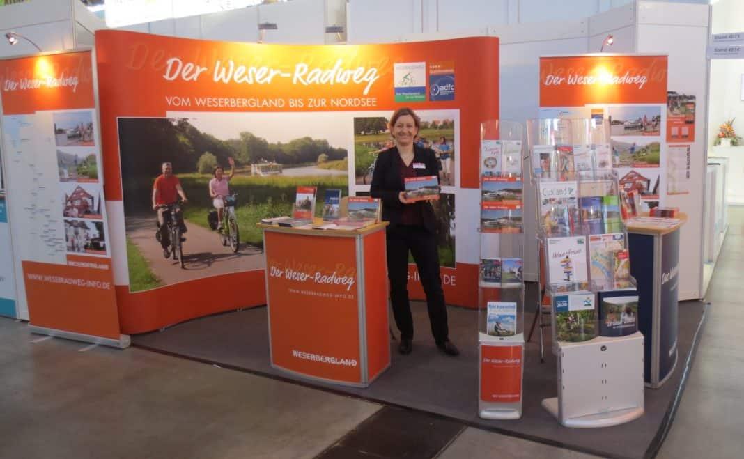 Der Weser-Radweg präsentiert sich auf der CMT in Stuttgart