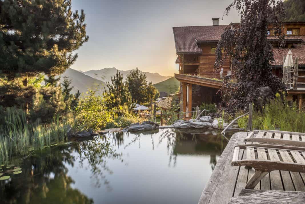 Mit dem Naturhotel Lüsnerhof zu Fuß durch das ruhige Dolomitental
