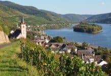 Ein Wein-Wander-Wochenende mit Premiere für neugierige Weinnase