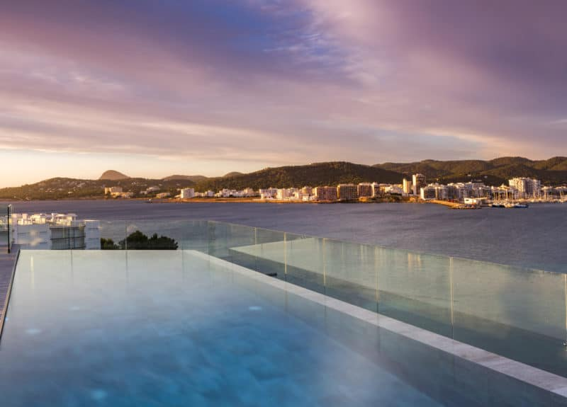 Rooftop-Pool Innside Ibiza