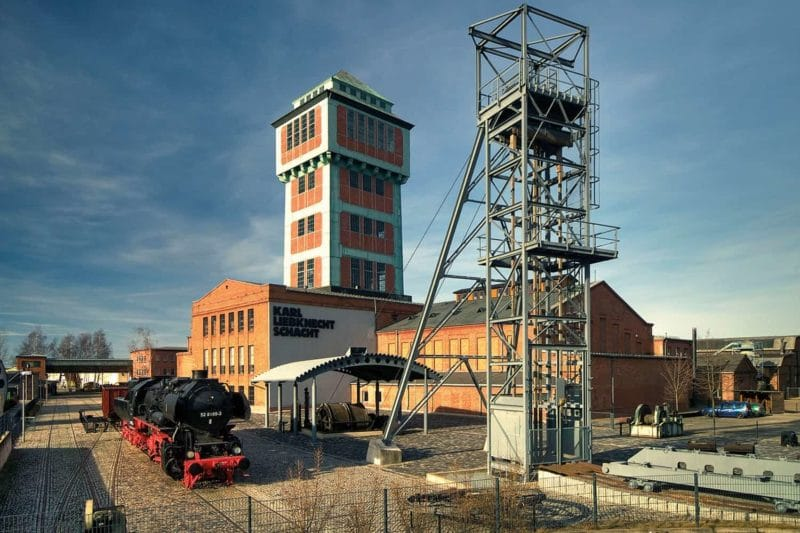 Industriegeschichte: Förderturm Bergbaumuseum Oelnitz