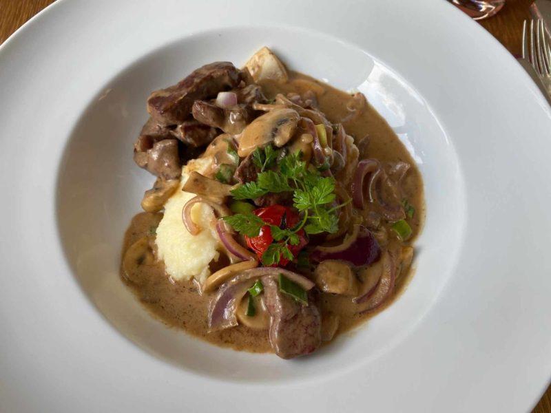 Rinderspitzen mit Dijon Senf Schaum (Bouef Dijon)