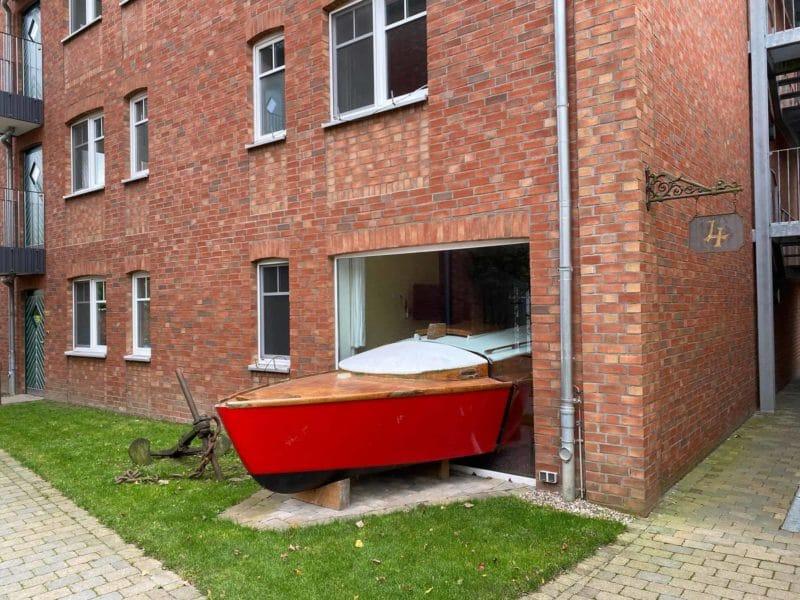 Außenansicht Segelboot-Zimmer