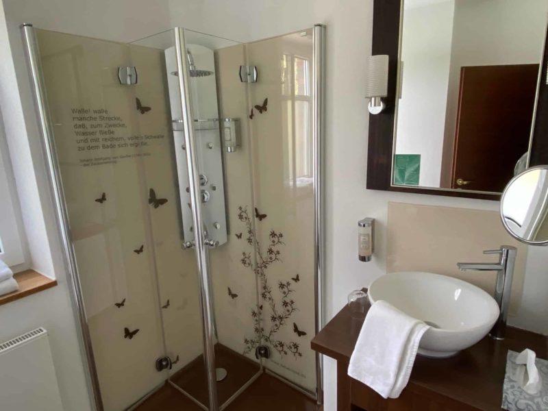 Badezimmer-Bereich im Landhotel Beverland