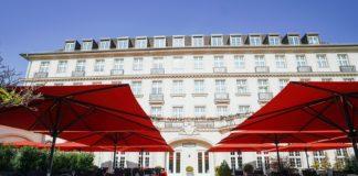 Parkhotel Quellenhof Aachen eröffnet seine neu gestaltete Terrasse