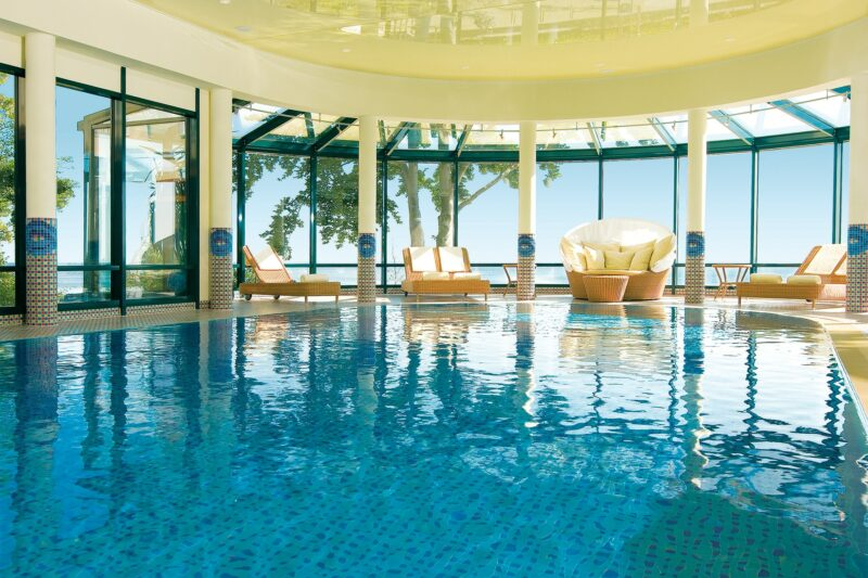 Wellness-Pool im Strandhotel Bansin