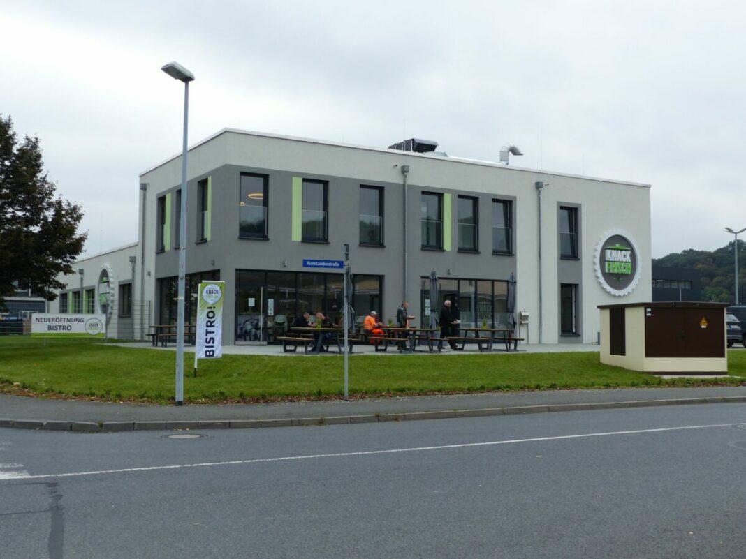 knack-frisch GmbH mit neuem Bistro in die nächsten 25 Jahre